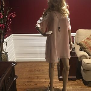 Dresses & Skirts - Dress size large 💕NWOT💕100% Polyester